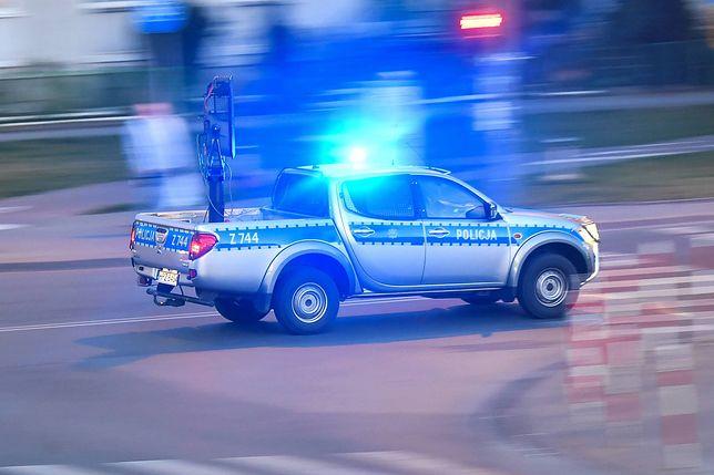 Pijany 33-latek wiózł autem czworo dzieci. Nie miał prawa jazdy