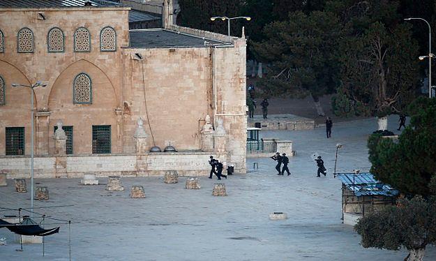 Kolejne starcia izraelskiej policji z Palestyńczykami na Wzgórzu Świątynnym