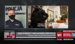 """Poznań. Salezjanie. Policja wyprowadziła księdza. """"Zachowali się profesjonalnie"""""""