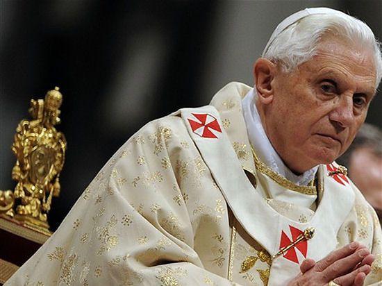 Benedykt XVI modlił się za ofiary zamachów z 11 września