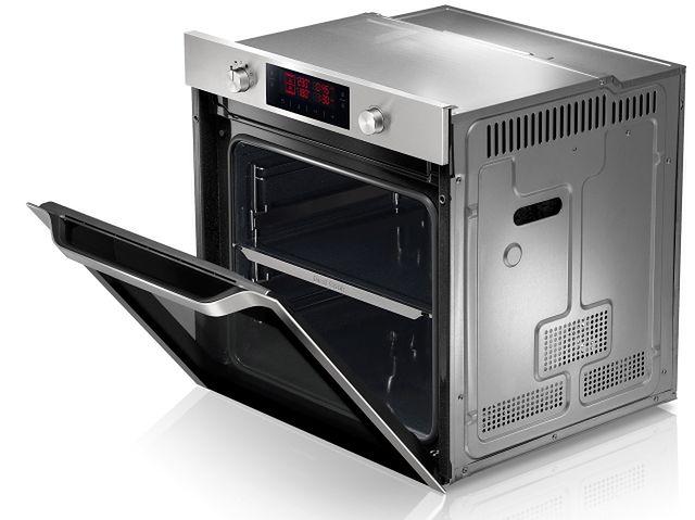 Samsung NV70F7 - upiecze jednocześnie dwie potrawy w różnych temperaturach