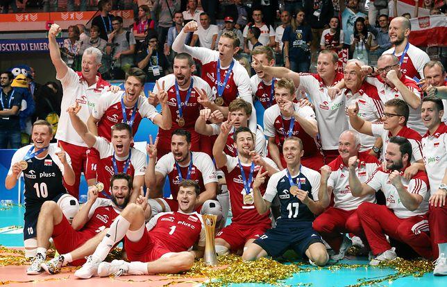 Zwycięska polska drużyna siatkarzy