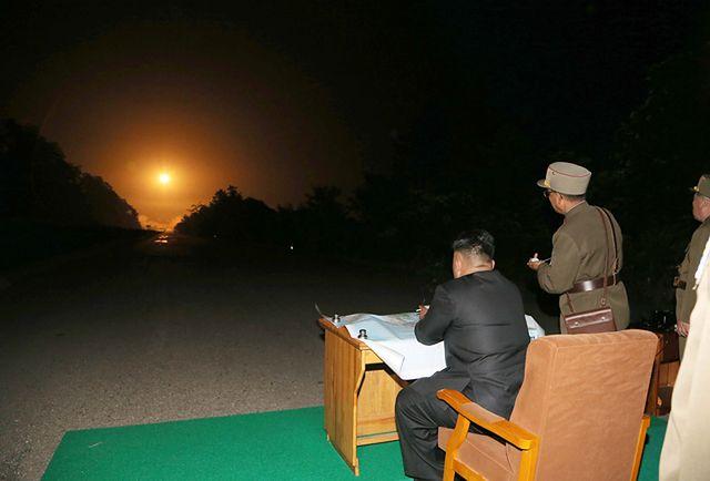 Tym w nocy zajmuje się dyktator - zobacz zdjęcia