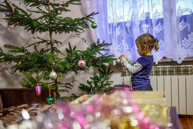 Internautka nie ma pieniędzy na prezent dla dzieci. Nie wie, co zrobić