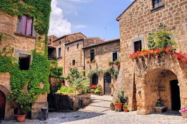 Spośród piętnastu miasteczek, aż pięć znajduje się na Sycylii