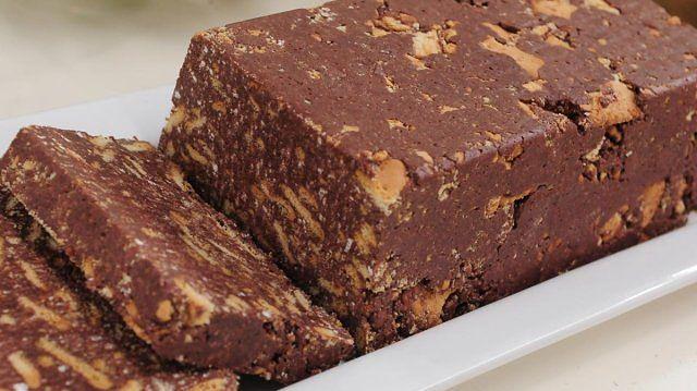 Łakocie PRL: czekoladowy blok i ekspresowa rolada