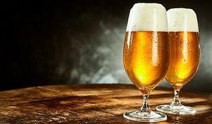 Polacy najchętniej poszliby na piwo z Obamą i Kukizem