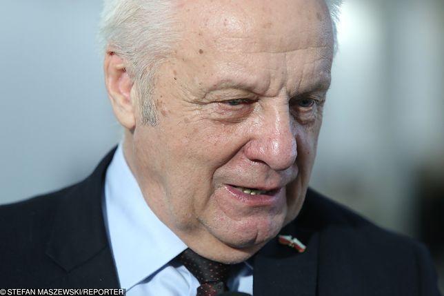 Stefan Niesiołowski zaprzeczał, że ma jakikolwiek związek ze sprawą