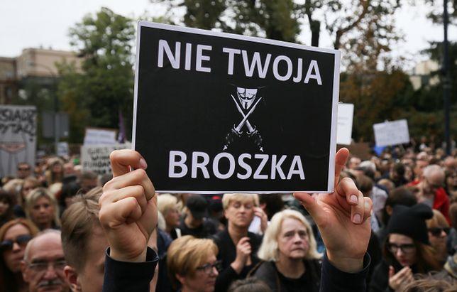 Kobiety w Polsce mają coraz więcej powodów, by protestować. Dziś manifestacje Czarnego Wtorku