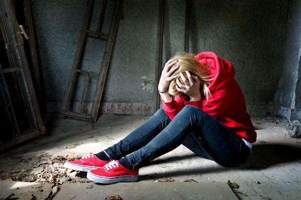 Co trzecia młoda kobieta rozważała samobójstwo