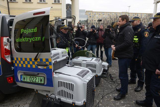 Warszawa. Ekopatrol otrzymał nowe elektryczne samochody