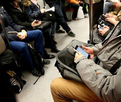 Warszawa. Wi-Fi tylko w nowych pociągach SKM. I to za rok