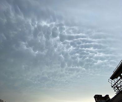 Chmury mammatus nad Mazowszem. Niesamowite zdjęcia