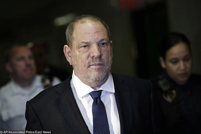 Harvey Weinstein był aresztowany w maju 2018 r. Wyszedł na wolność po wpłaceniu 1 mln dol. kaucji