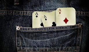 Grając w karty zwróć uwagę na jeden szczegół