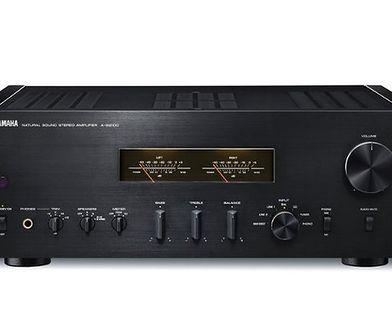 Luksusowy wzmacniacz i odtwarzacz CD: Yamaha S2100