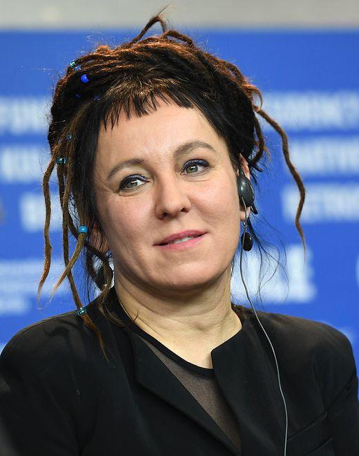 """Olga Tokarczuk otrzymała Bookera w 2018 roku za książkę """"Bieguni"""""""