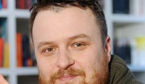 Ziemowit Szczerek to jeden z nabardziej znanych polskich reportażystów