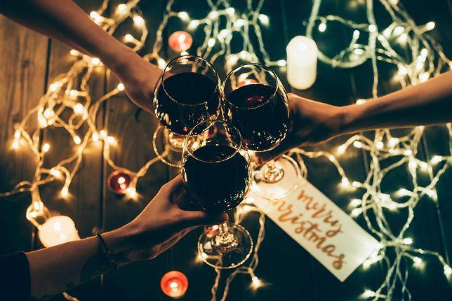 Najlepsze życzenia na Boże Narodzenie 2019. Śmieszne wierszyki i nie tylko. Pozdrów swoich najbliższych, gdy nadejdą święta.