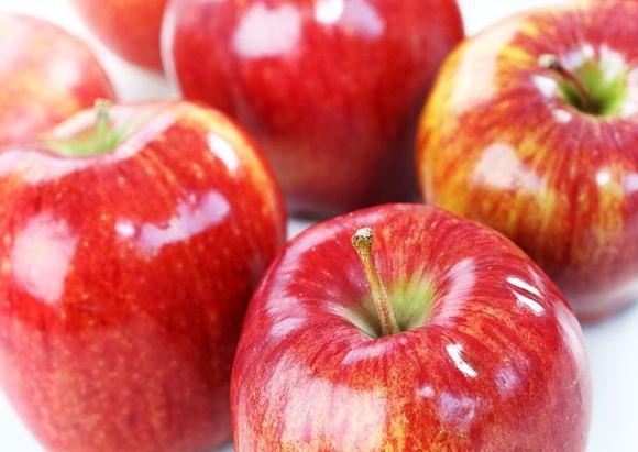 Chemia sprawia, że owoce wyglądają ładniej