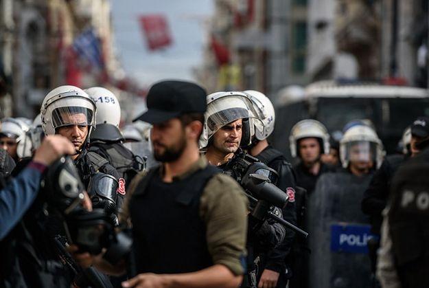 Departament Stanu USA nakazuje rodzinom dyplomatów opuścić Turcję