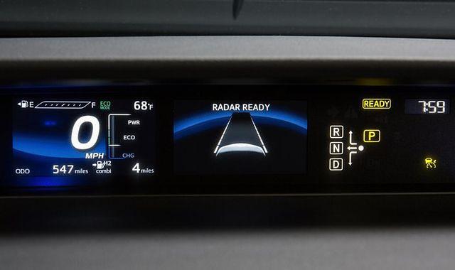 Systemy inteligentnego dostosowania prędkości w autach będą obowiązkowe?