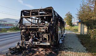 Śląsk. Pożar autobusu komunikacji miejskiej w Żywcu (źródło: Żywiec.info)