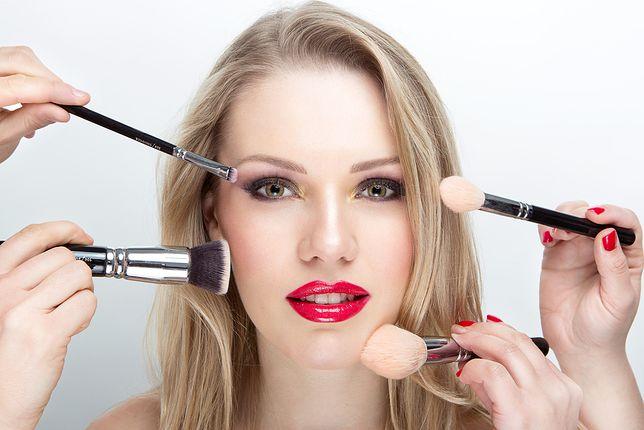 Latem cera wymaga szczególnej pielęgnacji i odpowiednich kolorowych kosmetyków