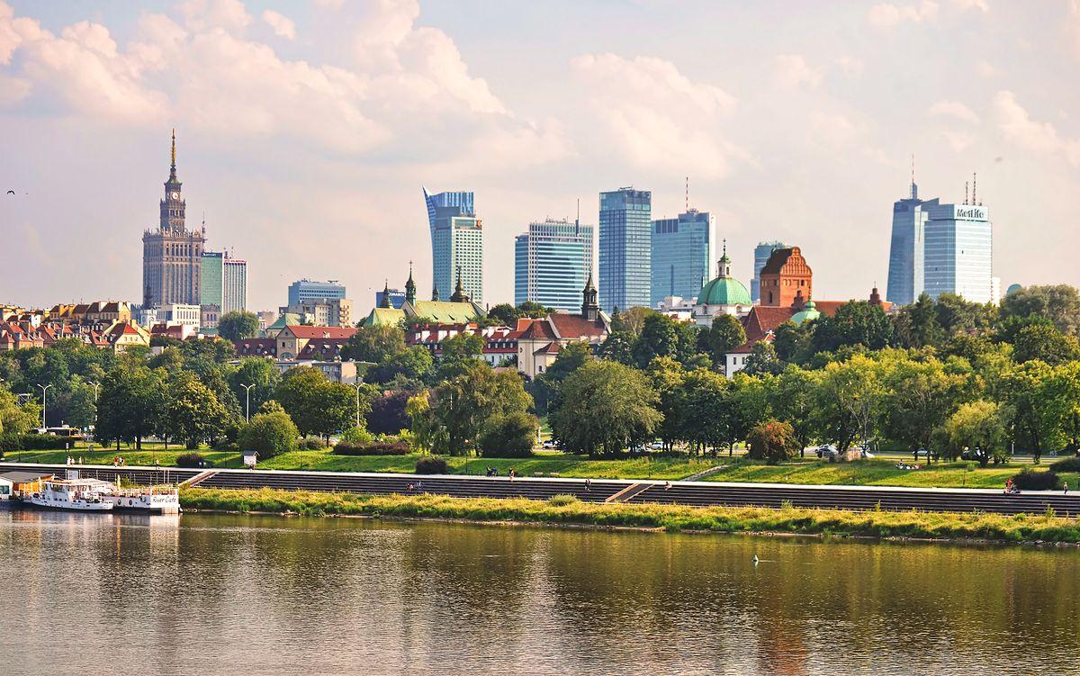 Koronawirus w Warszawie. Epidemia wpływa na warszawski rynek pracy