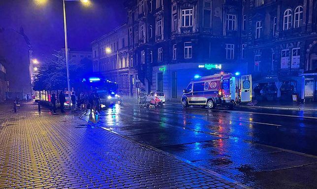 Bielsko-Biała. 73-latek został potrącony w centrum miasta.