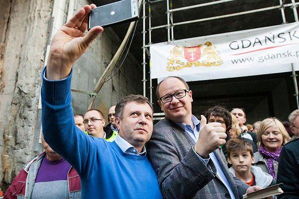 Gdańsk finansuje kampanię Adamowicza? Prokuratura bada sprawę