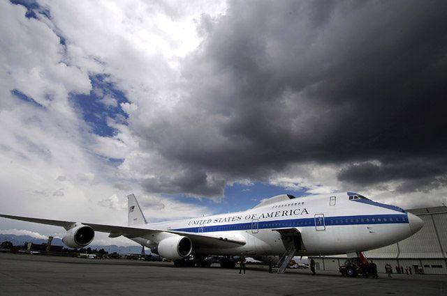 Boeing E-4 (Air Force One w czasie kryzysu)