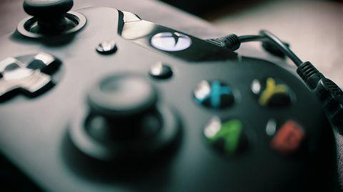 Zamiana mowy na pismo i odwrotnie: teraz w grach na Xboxie i Windowsie