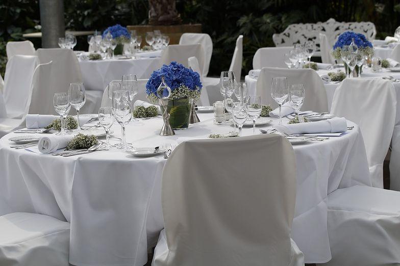 Nowe obostrzenia? Możliwa zmiana przepisów o weselach. Młodzi nie będą zadowoleni