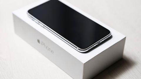 iPhone X ma jedną dużą zaletę: używany model wciąż kosztuje dużo