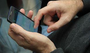 MF planuje odwrócony VAT przy sprzedaży telefonów komórkowych