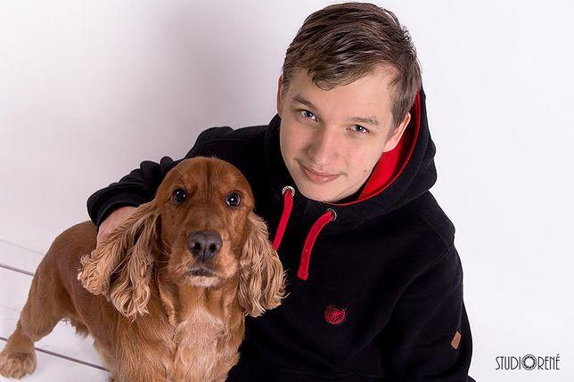 Ma 16 lat i prowadzi własny biznes. Poznaj najsłynniejszego petsittera w Warszawie