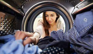 Pranie i suszenie ubrań może odbywać się szybko i powodować mniej zagnieceń