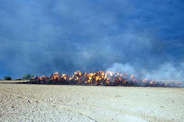 14-latek podpalił słomę na polu. Straty oszacowano na 23 tys. zł