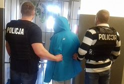 """60-latka oszukana """"na policjanta"""". Straciła 260 tys. zł przy śmietniku"""