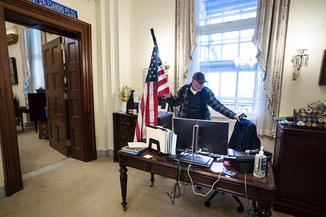 USA. Zamieszki w Waszyngtonie. Zwolennicy Donalda Trumpa wtargnęli na Kapitol