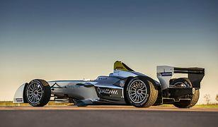Bolid Formuły E na VERVA Street Racing