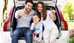 Na pierwsze rodzinne wakacje z dziećmi partnera trzeba się dobrze przygotować