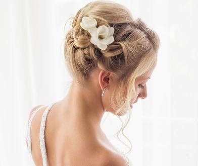 Wybierając produkty do pielęgnacji włosów, sięgajmy po szampony oraz odżywki o konkretnym działaniu.