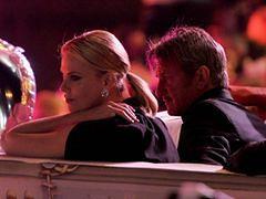 Sean Penn chce wrócić do Charlize Theron