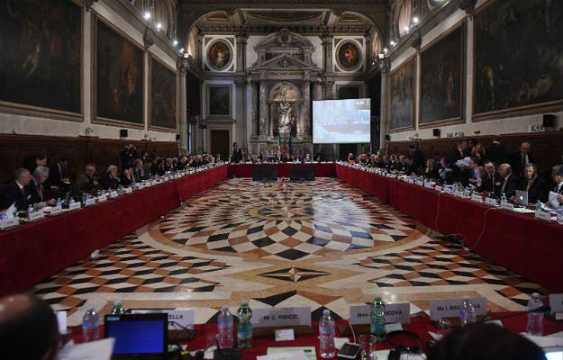 Suchocka i Drzewicki odejdą z Komisji Weneckiej. Nieoficjalne potwierdzenie ich następców