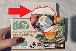"""Każda z 20 torebek herbaty zapakowana w plastik. Tak wygląda produkt """"bio"""""""