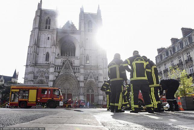 Francja. Pożar katerdy w Nantes. Sprawca przyznał się do podpalenia