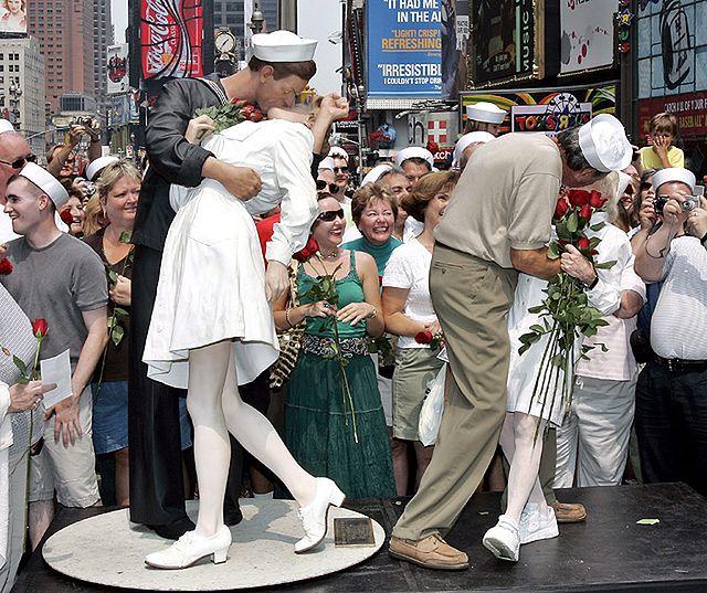 Pocałunek na Times Square