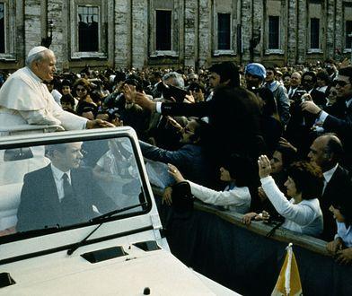 40 lat od zamachu na papieża. W jednej chwili świat wstrzymał oddech [FOTO]
